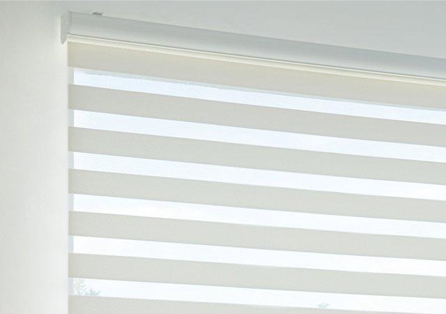 TOSO調光ロールスクリーン ロペ 調光 幅30-200cm・高さ30-240cm